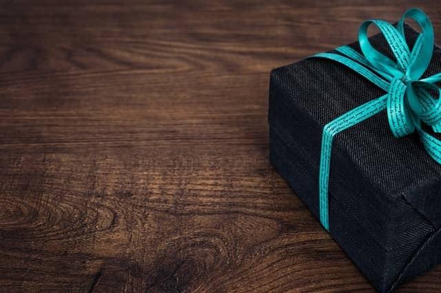Tipy na svatební dárky pro novomanželé, kterými rozhodně potěšíte.